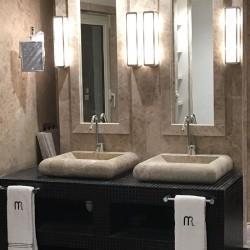 Aplacado y lavabos marmol crema serpiente