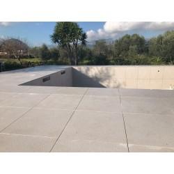 edge_pool_limestone
