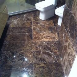 bathroom_brown_marble